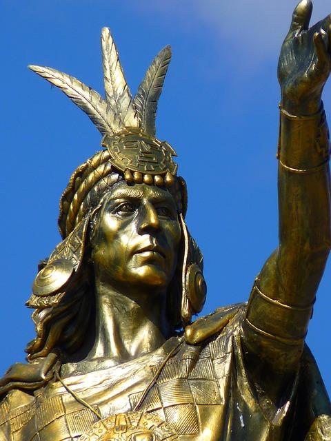 Estatua Hombre Guerrero Inca Cusco Perú De Oro
