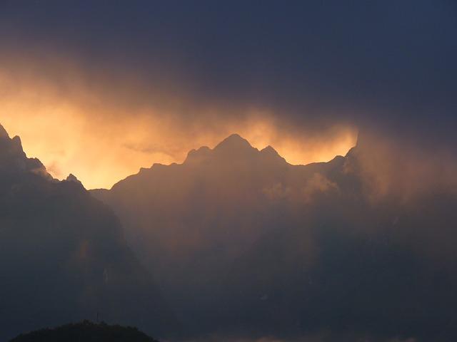Andes Montañas Machu Picchu Perú Nubes Niebla